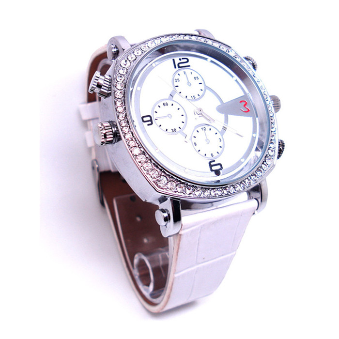 Y300 8G/16G/32G HD 720P H.264 Spy Camera Women /Lady Wrist Watch